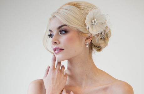 Accesorii de păr elegante: Cum şi când le folosim, dar şi recomandări