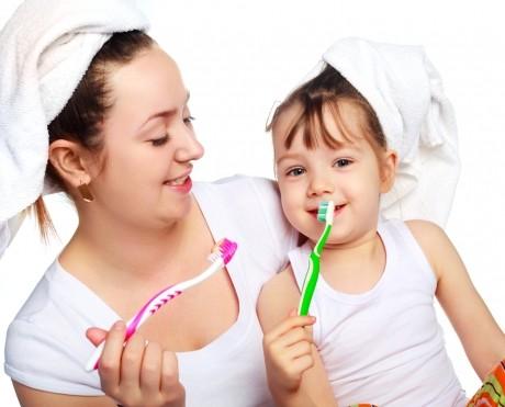 Învinge frica de dentist a copilului - De la ce vârstă e bine să îl duci la cabinet