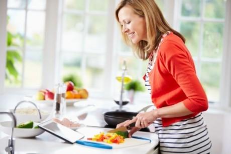 Idei inteligente de decorare a unei bucătării mici