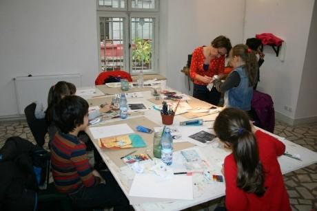 Vara asta, înscrie-ţi copilul la ateliere de pictură