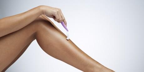 Cum să scapi de firele de păr crescute sub piele cu ULEI