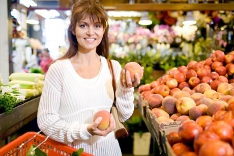 Ce legume şi fructe sunt recomandate în dieta post-natală