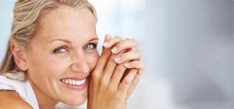Serul facial anti-îmbatrânire DIY