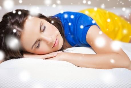 Trucul PERFECT care te ajută să adormi când eşti agitată