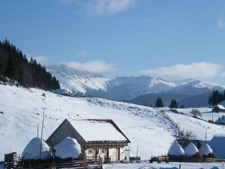 3 destinaţii româneşti, perfecte pentru luna februarie