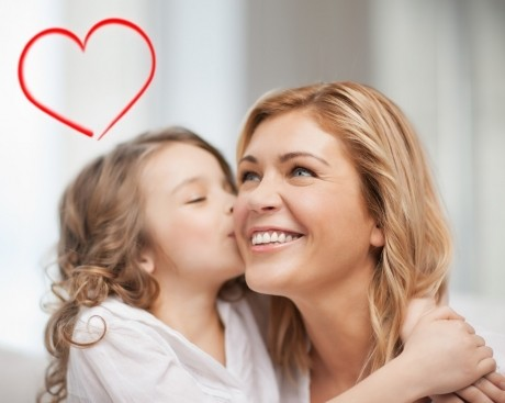 Cum îi vorbeşti copilului despre ADEVĂRATA semnificaţie a zilei de VALENTINE'S DAY