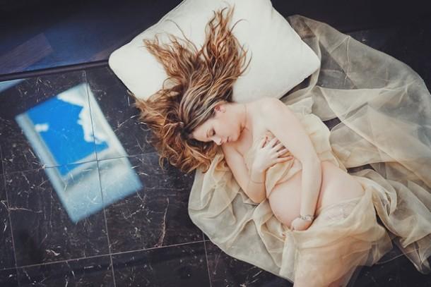 femeie gravida