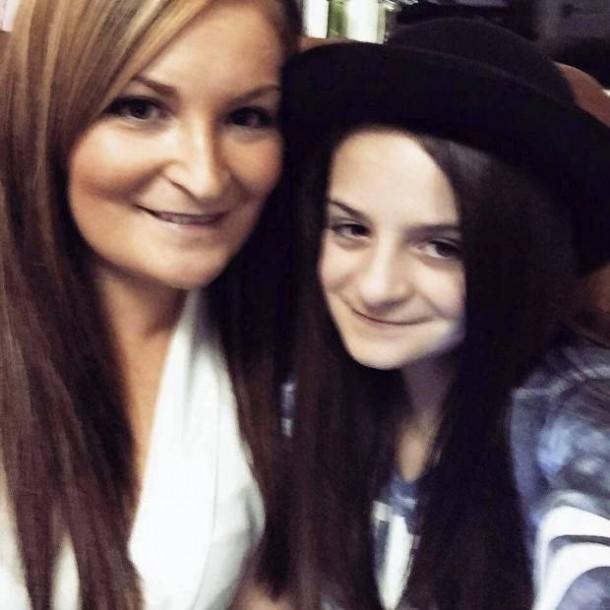 Mama Sam si fiica ei, Olivia