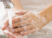 Te-ai spălat greşit pe mâini! Iată CUM se procedează de fapt