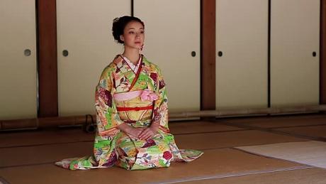 Slăbeşti 18 kilograme FĂRĂ dietă: 4 SECRETE japoneze care ard grăsimile