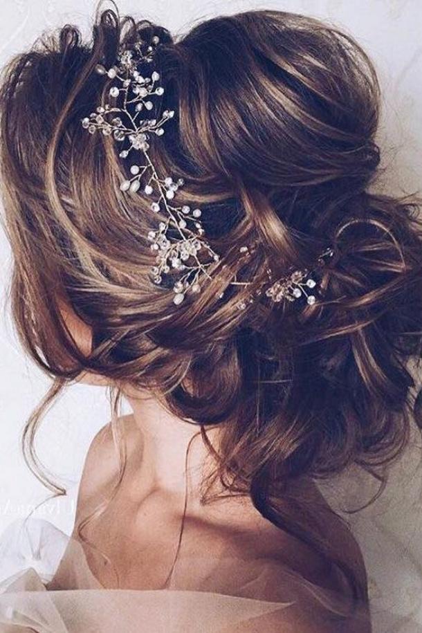 15 Coafuri Elegante Pentru Nunţile şi Botezurile Din Acest