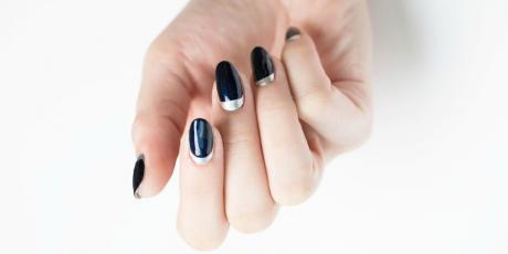 Freacă-ți unghiile cu USTUROI – Iată ce se întâmplă!