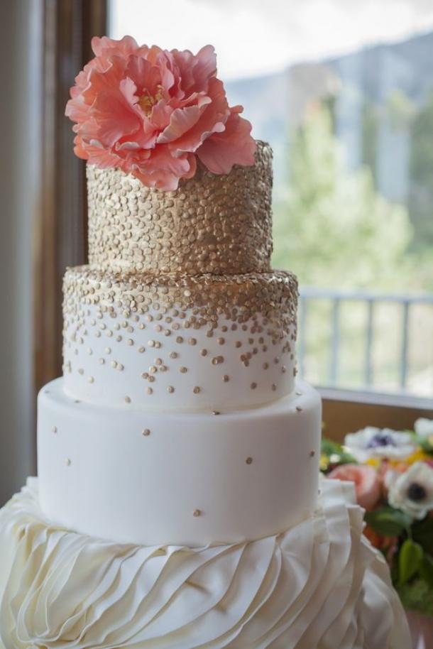 20 De Torturi De Nuntă Decorate Cu Flori Feminisro Inspiratie Zi
