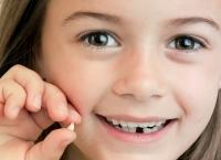 Sigur nu ştiai ASTA despre dinţii de lapte - De ce trebuie să îi PĂSTREZI