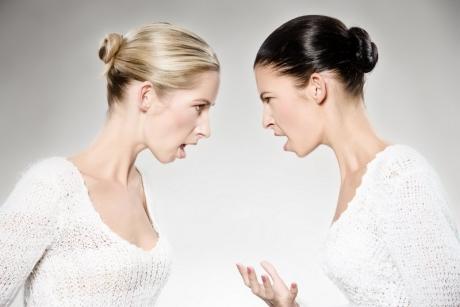 Cum reacționează ZODIILE atunci când sunt implicate într-un conflict