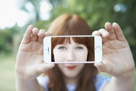 Alegi Android sau iOS? Psihologii au descoperit ce spune asta despre tine!