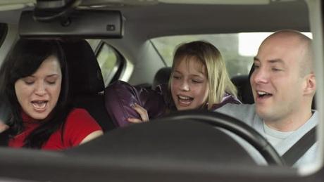 La ce PERICOL te expui când pornești AERUL CONDIŢIONAT imediat după motorul mașinii