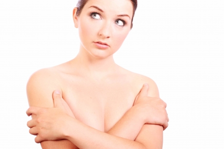 Testul care DEZBRACĂ orice femeie de secrete: Felul în care ţine...