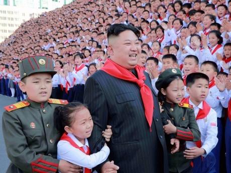 10 lucruri pe care CU SIGURANŢĂ vrei să le ştii despre Coreea de Nord