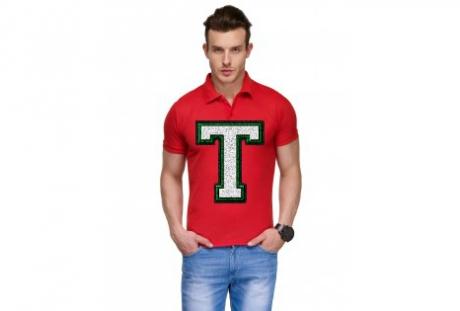Ce se întâmplă cu bărbaţii care poartă un TRICOU cu litera T pe piept