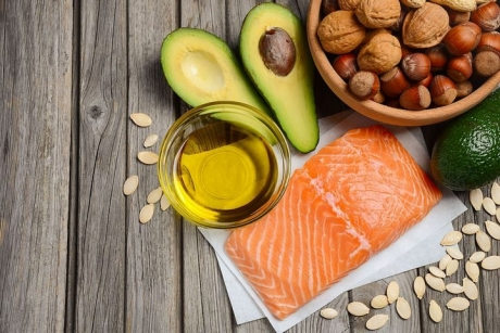 5 moduri NATURALE de a obține BENEFICIILE uleiului de pește din alimente vegetale