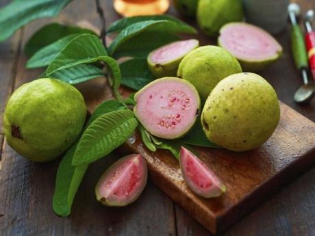 10 beneficii ale fructului de guava