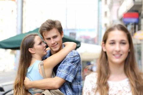 Ţara în care 1 din 10 oameni îşi înşală partenerul de viaţă