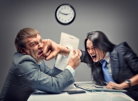 DIVORŢ cu surprize: Soţul i-a spus că a înşelat-o, iar răspunsul ei a fost GENIAL