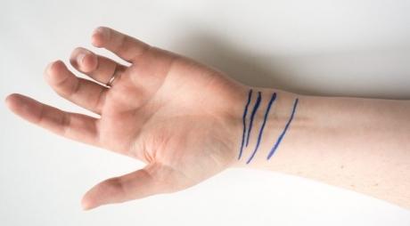 Descoperă ce spun liniile de pe încheietura ta